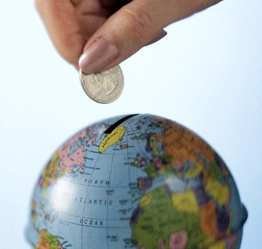 Global FDI declines, but USA still attracts strong investment